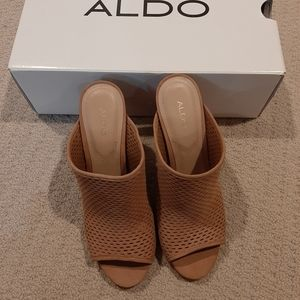 NWT 🌟 Aldo brown sandle Sz 6.5